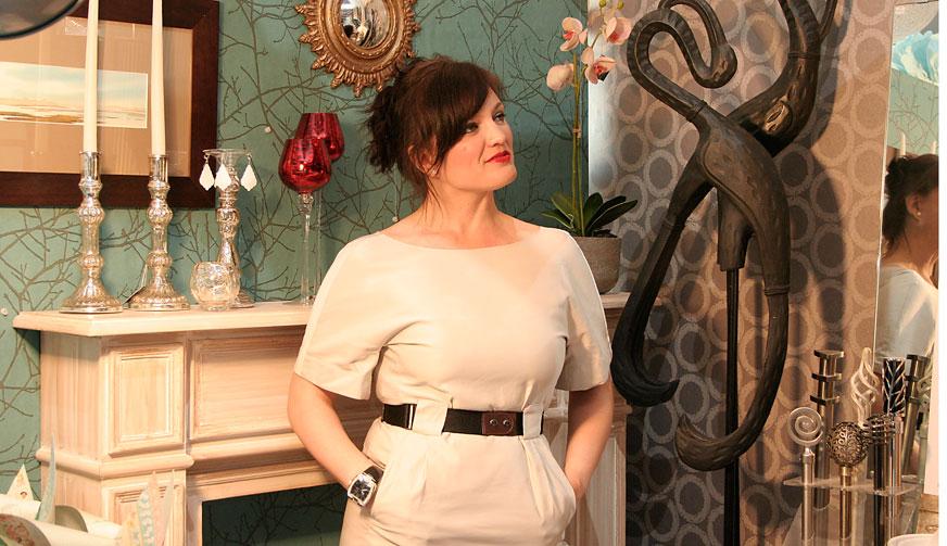 Raquel Molina, experta interiorista y decoradora en su showroom La Petite Maison de El Tablero